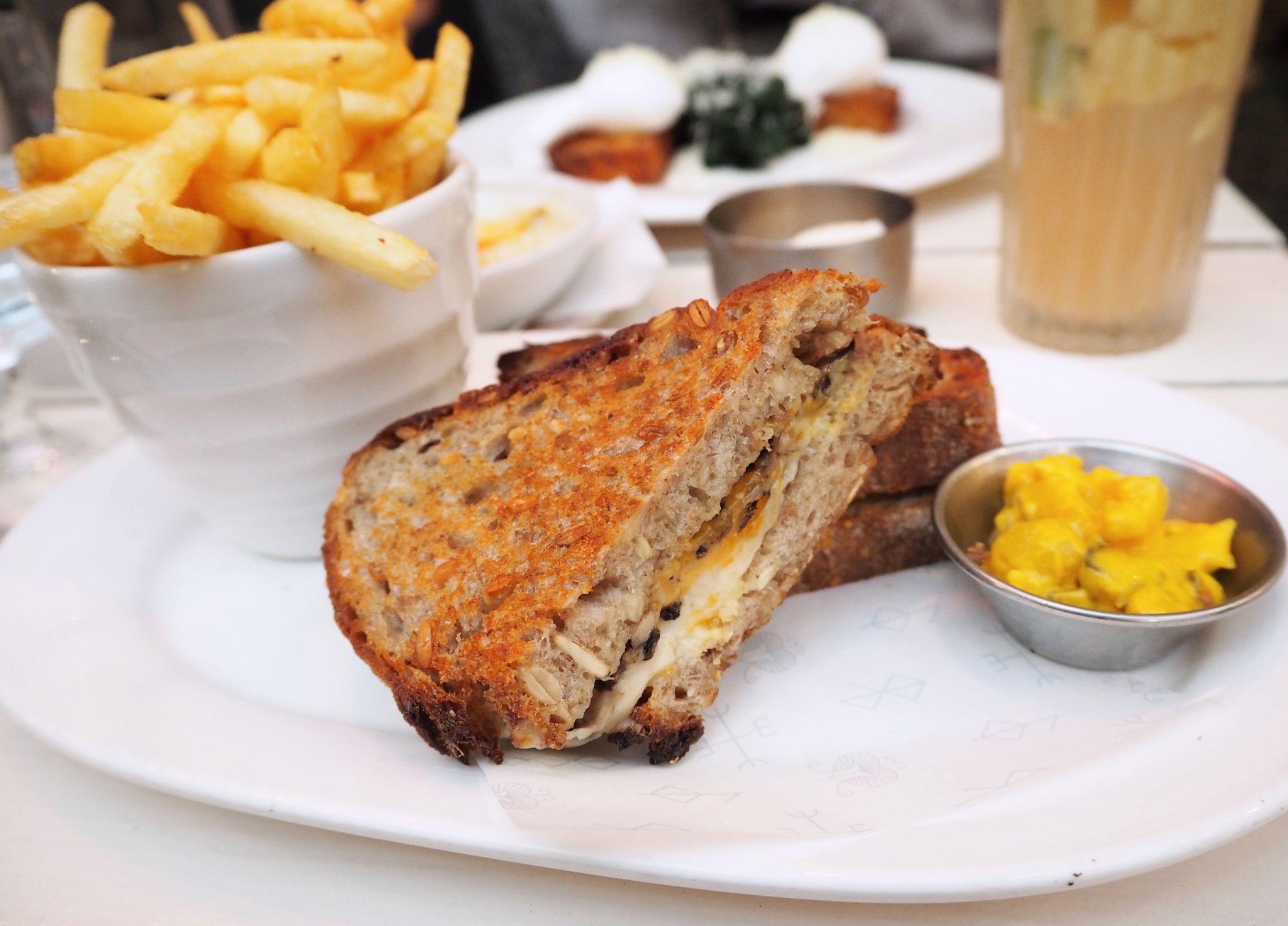 Blixen grilled cheese sandwich