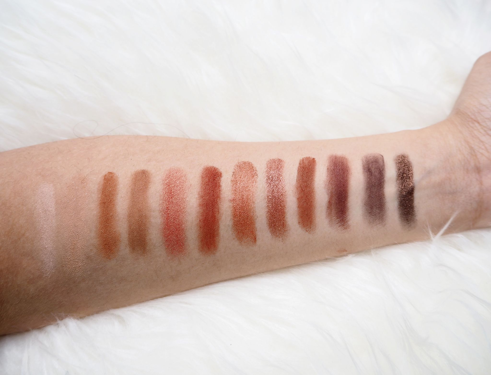 Urban Decay Naked Heat colours