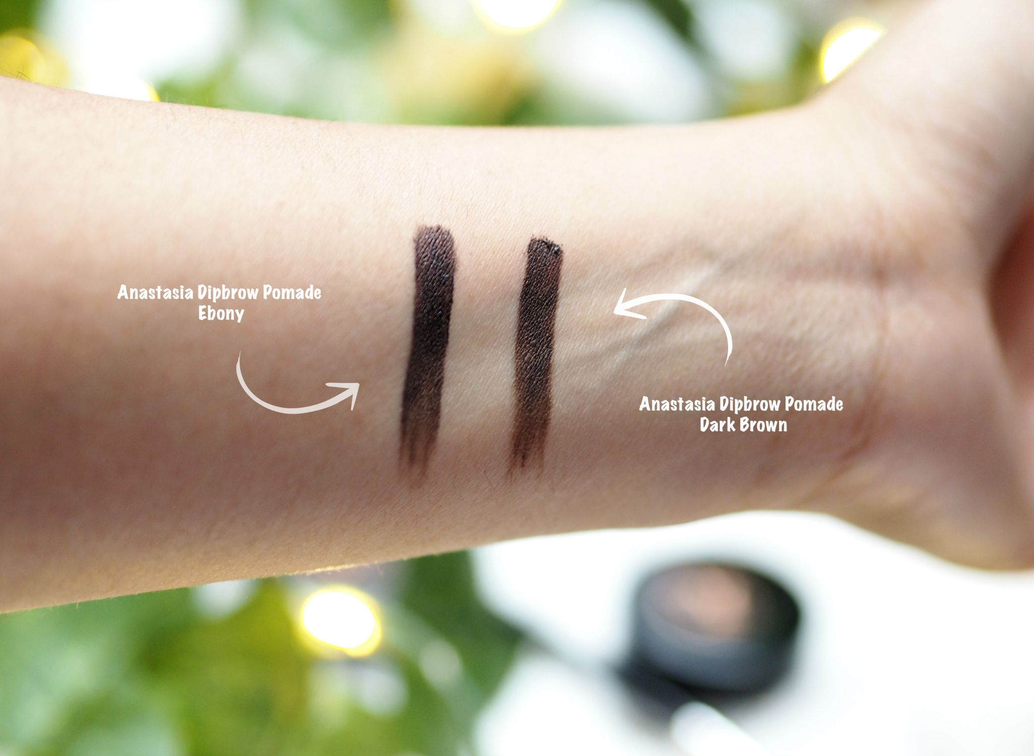 Anastasia Dipbrow Pomade Dark Brown or Ebony