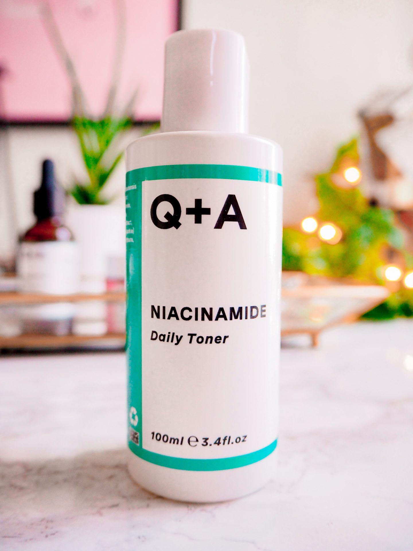 Q+A Daily Niacinamide Toner